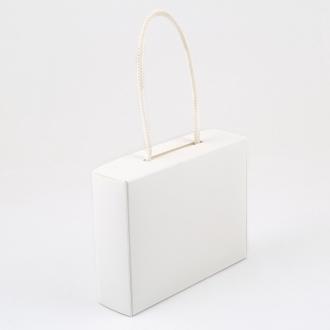 Подарочная белая матовая коробочка из структурированого картона 17x4.5x13 см