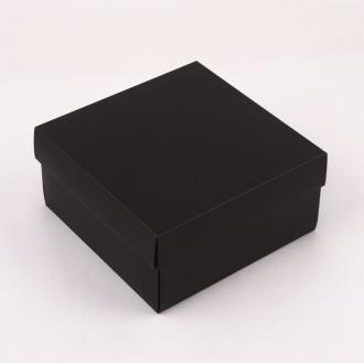 Подарочная черная коробочка из картона 20x20x10 см