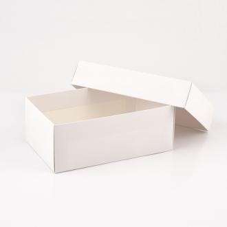 Подарочная белая коробочка из картона 23x14x9 см