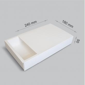 Белая подарочная коробочка из картона с шубером