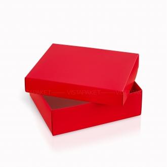 Подарочная коробочка из картона красного цвета