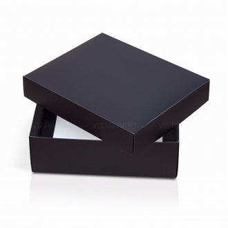 Подарочная коробочка из картона черного цвета
