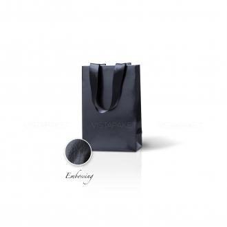 Пакет бумажный 15*23*8 см черный Emboss