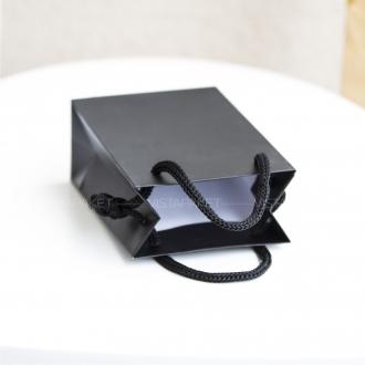 Пакет черный бумажный