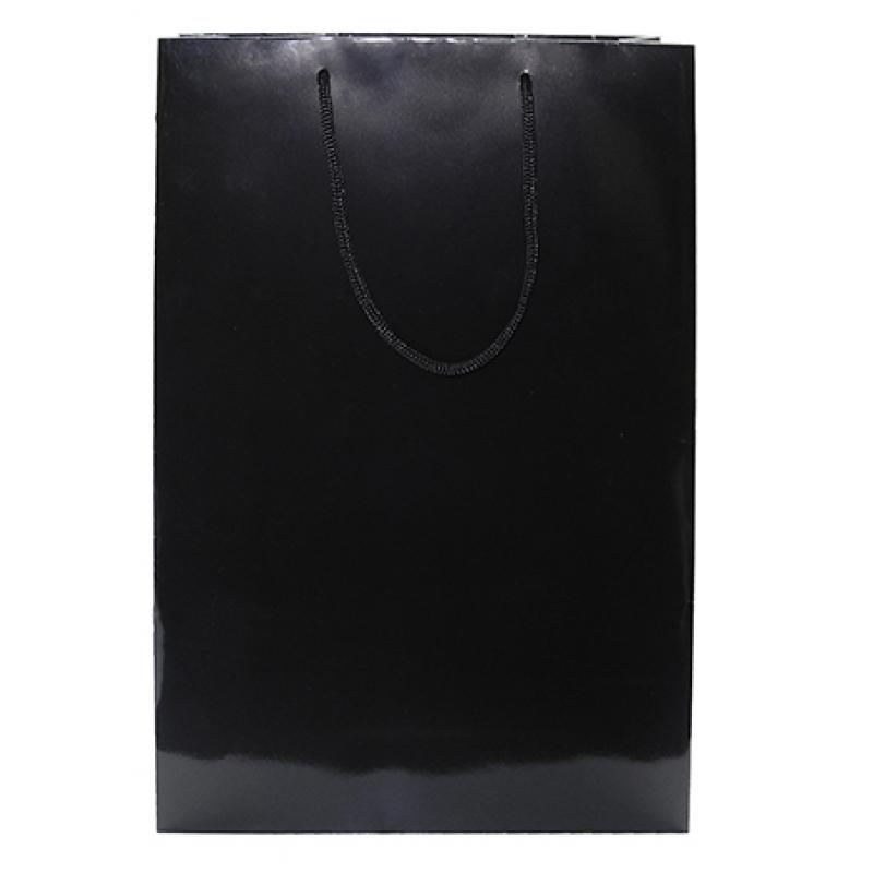 Черный глянцевый пакет